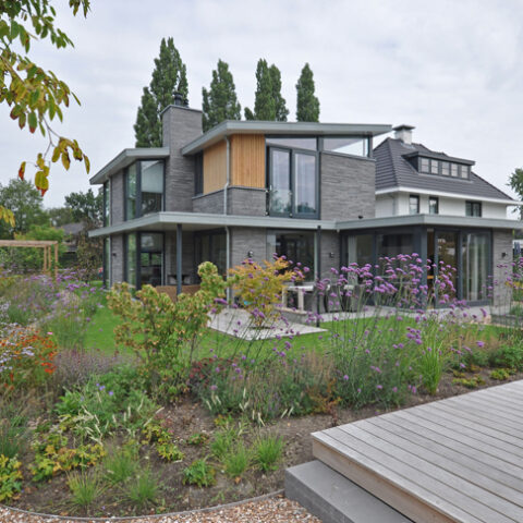 moderne villa natuurlijke tuin