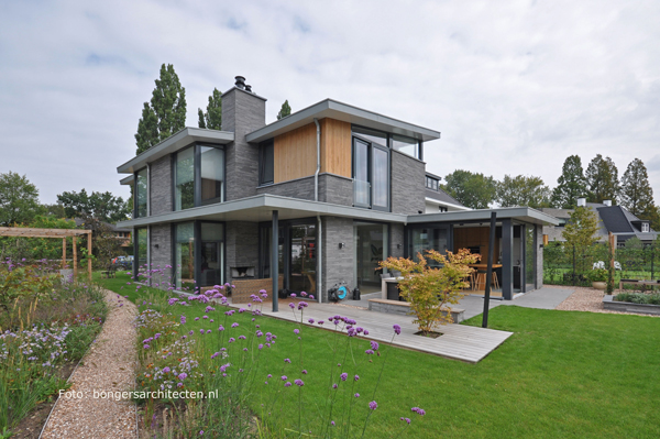 moderne villa landelijke natuurlijke tuin